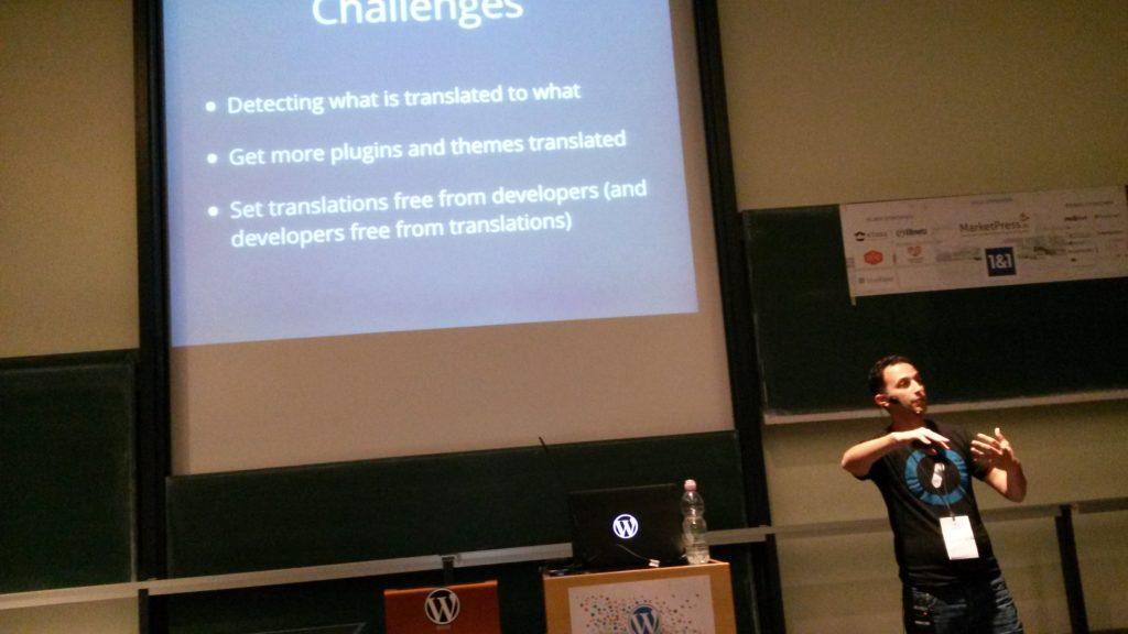 Yoav presenting at WordCamp Hamburg 2014